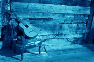 guitar-blues-blue-460x305