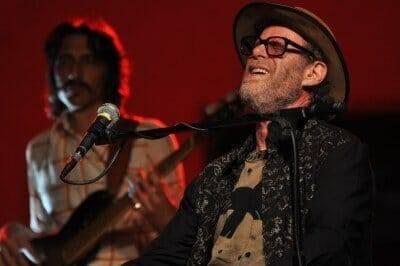 Guy_Davis_and_Professor_Louie_@_Piacenza_Blues_Festival_day_3_03