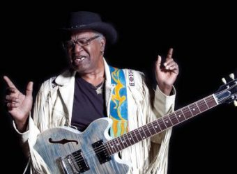 linsey alexander 84-chicago_blues 130715