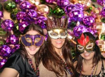 Mardi-Gras-Girls-Masks-1280x853